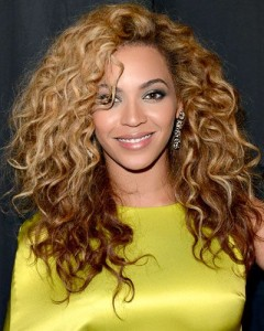Beyonce's Two-Toned Ringlets