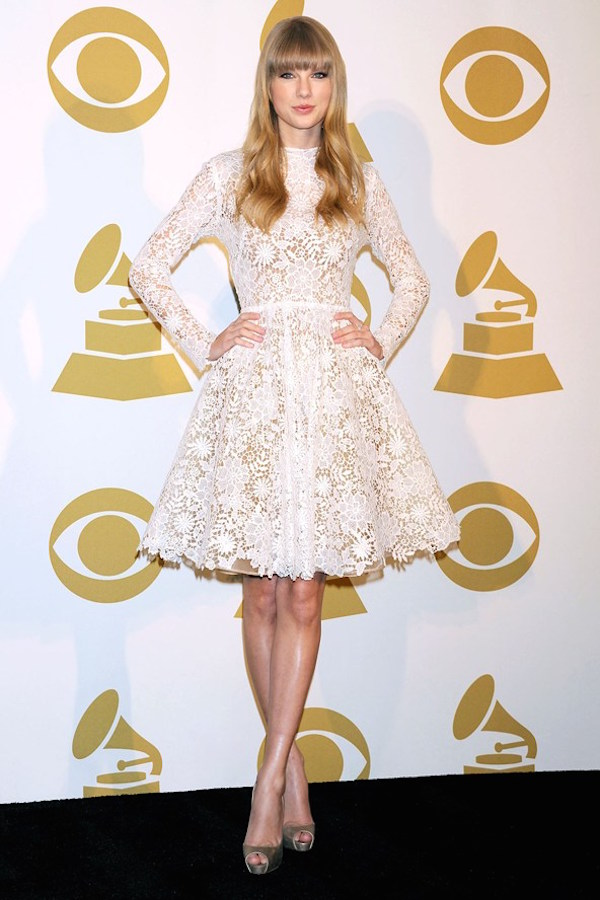Taylor Swift Celebrity-Inspired Ways To Wear Lace