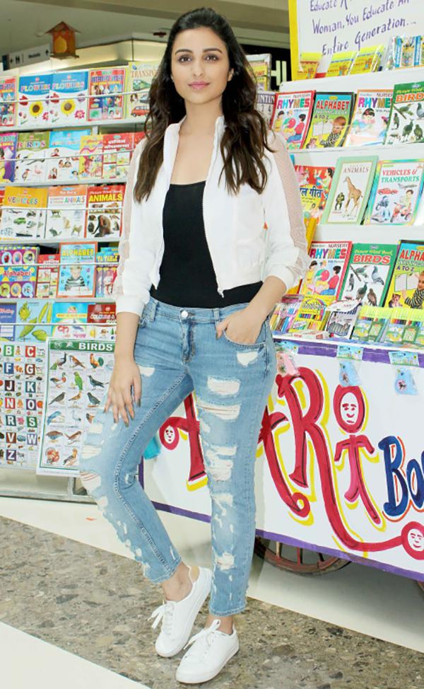 Parineeti Chopra Celebrity Inspiration: Ripped Jeans