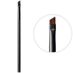 Angle eyed brush: 7 Types of make-up brushes you need.