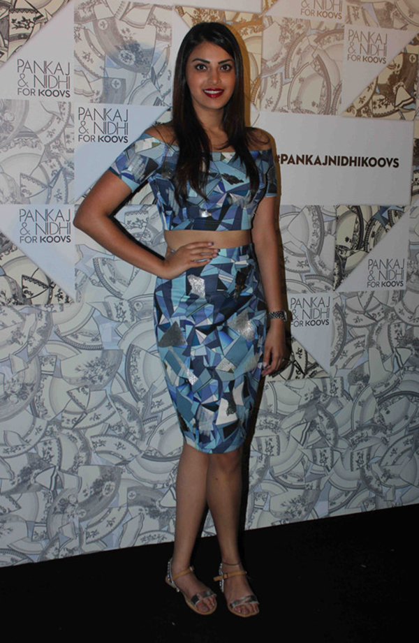 Anushka Ranjan Off With The Shoulder, In With The Trend